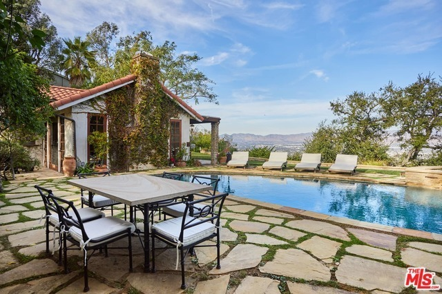 John Stamos Offering 90210 Aerie for $4.5M After Price Cut