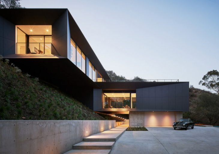 LR2 House in Pasadena by Montalba Architects