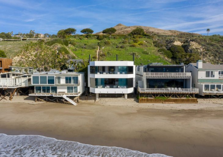 Taylor Beach House in Malibu by SPF:architects