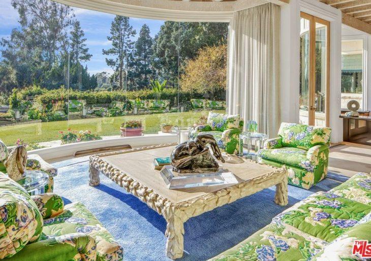 Billionaire Neil Kadisha Pays $25M for Billionaire Norton Simon's 90210 Compound