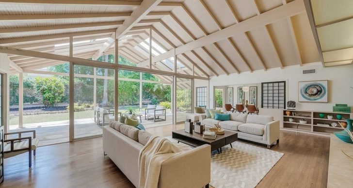 'Golden Girls' House Fetches $4M—$1M Over Ask