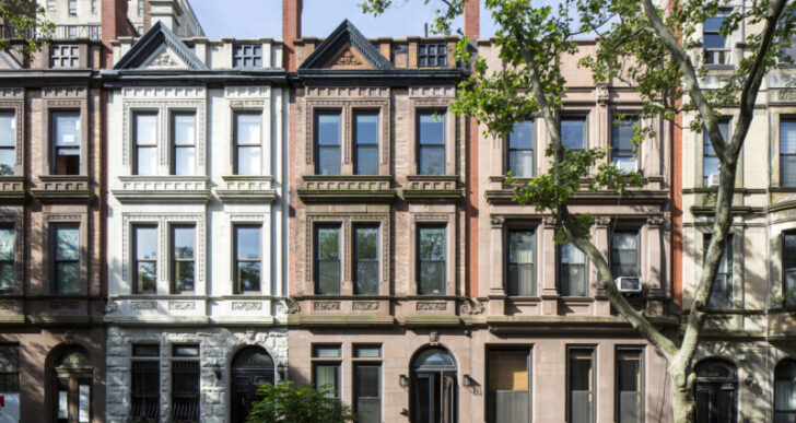 Brownstone House in New York by Studio Arthur Casas