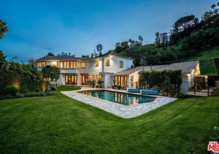'Real Housewife' Sutton Stracke Buys in Bel Air for $5.4M