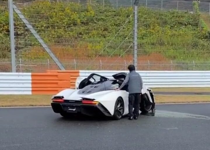 Driver Crashes His McLaren Speedtail on Track, Continues Racing Fun in His Senna