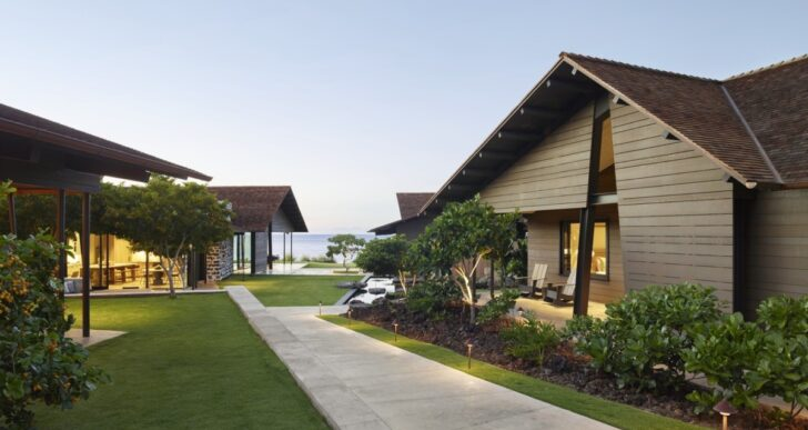 Makani Eka Residence in Hawaii by Walker Warner Architects