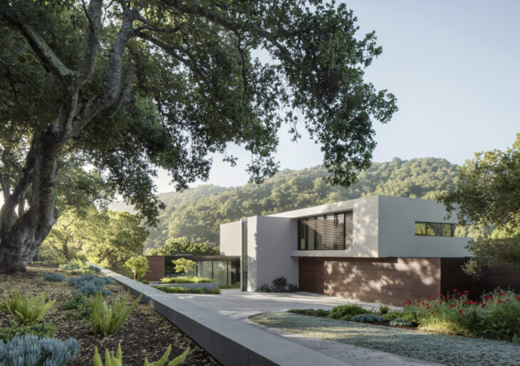 Slot House in Los Altos Hills by Feldman Architecture