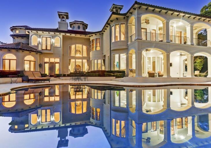 NFL Star Adrian Peterson Asking $5.3M for Luxuriant Houston Mansion