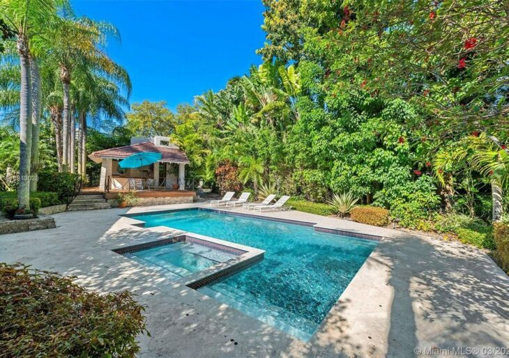 Shaggy Picks Up Florida Home for $2.2M