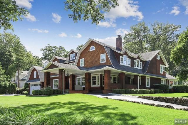 'Real Housewife' Siggy Flicker Lists New Jersey Home for $3.9M