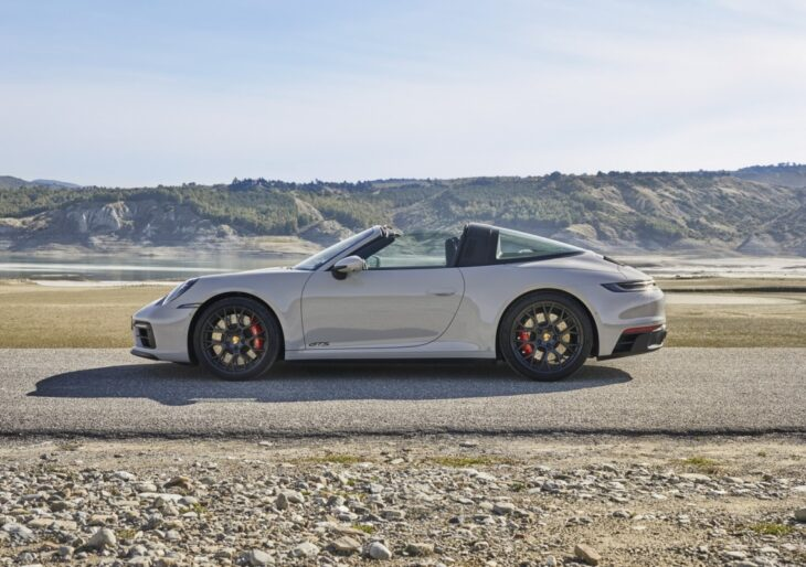 2022 Porsche 911 Lineup Adds GTS Variant in Coupe, Convertible, Targa Flavors