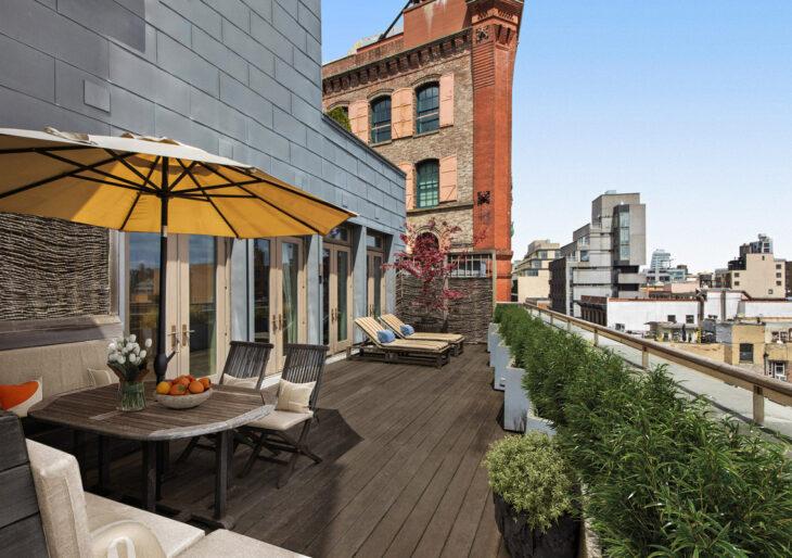 David Bowie's Manhattan Apartment Flies Off the Market at $16.8M