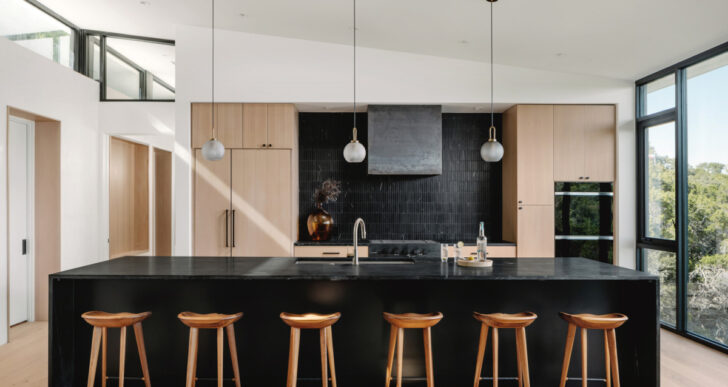 The High House in Austin by RAVEL Architecture